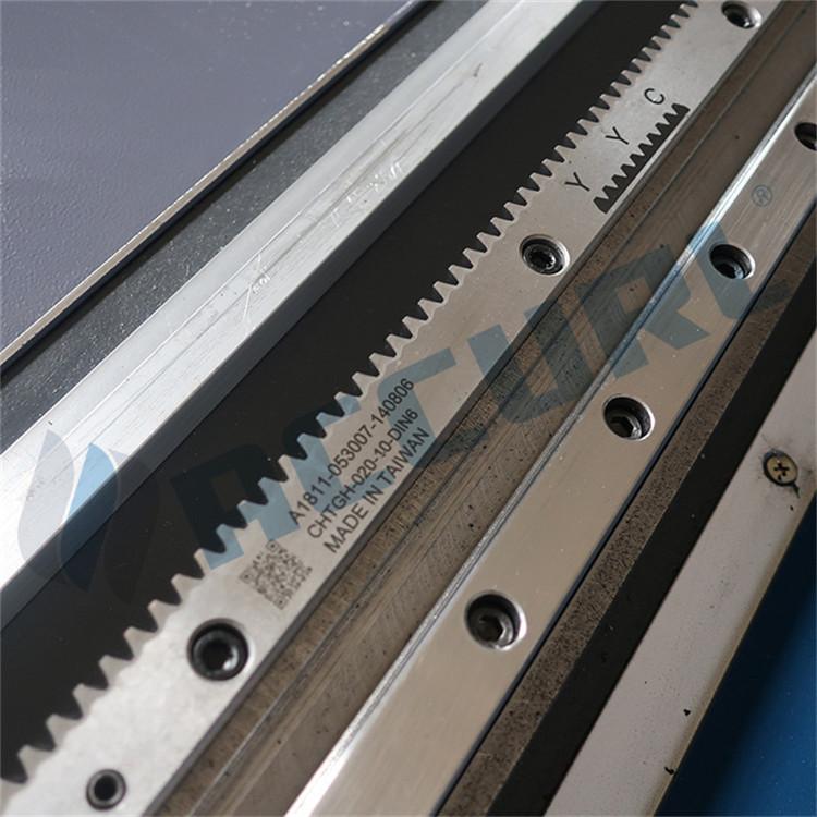 લેસર ટ્યુબ કટીંગ મશીન